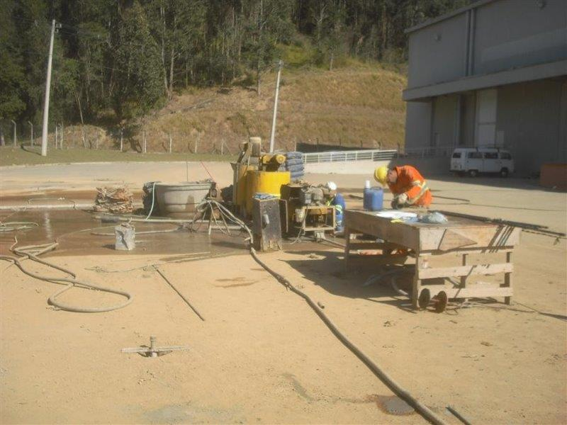 Injeção de calda de cimento
